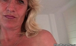 Granny Terry gets her hard nipples pinched xVideos