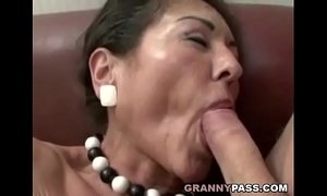 Hairy Granny Gets Cum On Her Hairy Pussy xVideos