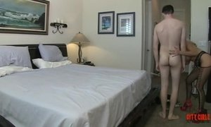 Hot Cougar Fucks A 20 Year Old Guy AnalDin