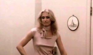 Vintage Seventies Blonde MILF Handjob YouPorn