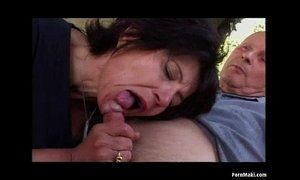 Granny Outdoor Anal Sex xVideos