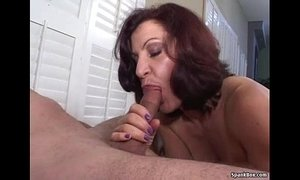 Smoking mom gives hot blowjob xVideos