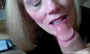 Spunky grandma sucks and strokes dick xVideos