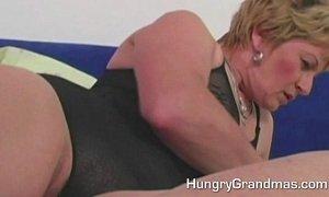 Fat Horny Granny Fucking Big Dildo xVideos