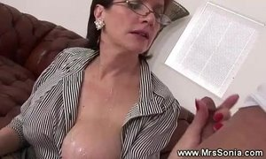 Cuckolds wife gets creamed xVideos
