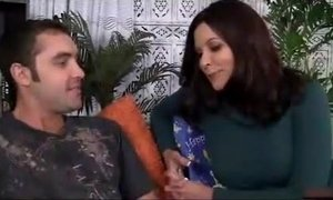 Hot mom get fucked by her son xVideos