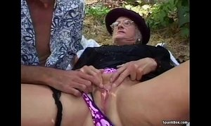 Granny fucked hard outdoor xVideos