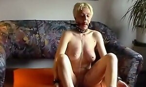 Homemade wife tied obeys his master clip