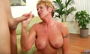 Older granny takes hard pounding xVideos