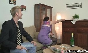 Old mom enjoys riding hard cock xVideos