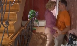 Senior Tempting Slut Seduces Young Man In The Corridor AnalDin