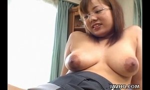 Busty Japanese babe fucked at home uncensored xVideos