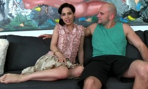 Cute young Latina sucking for money Beeg