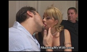 Married Woman Cheats With Stud xVideos
