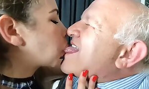 Sucking grandpa&#39s wet fat tongue