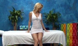 Massage girl Courtney Beeg