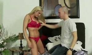 Real blonde step mum sucks dick xVideos